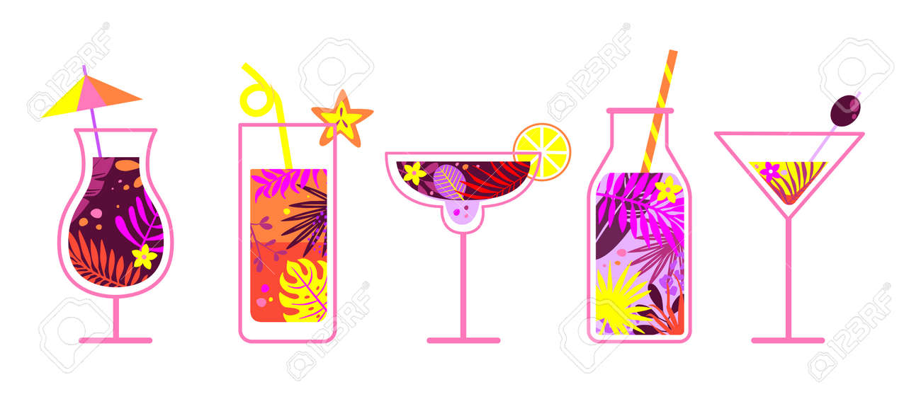 Summer non-alcoholic and alcoholic drinks. - 171209424