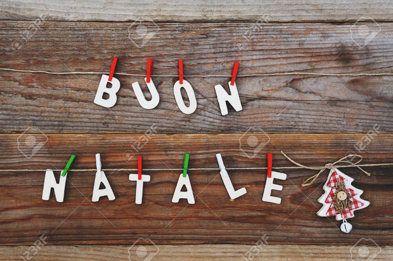 buon natale - merry christmas background - 47544360