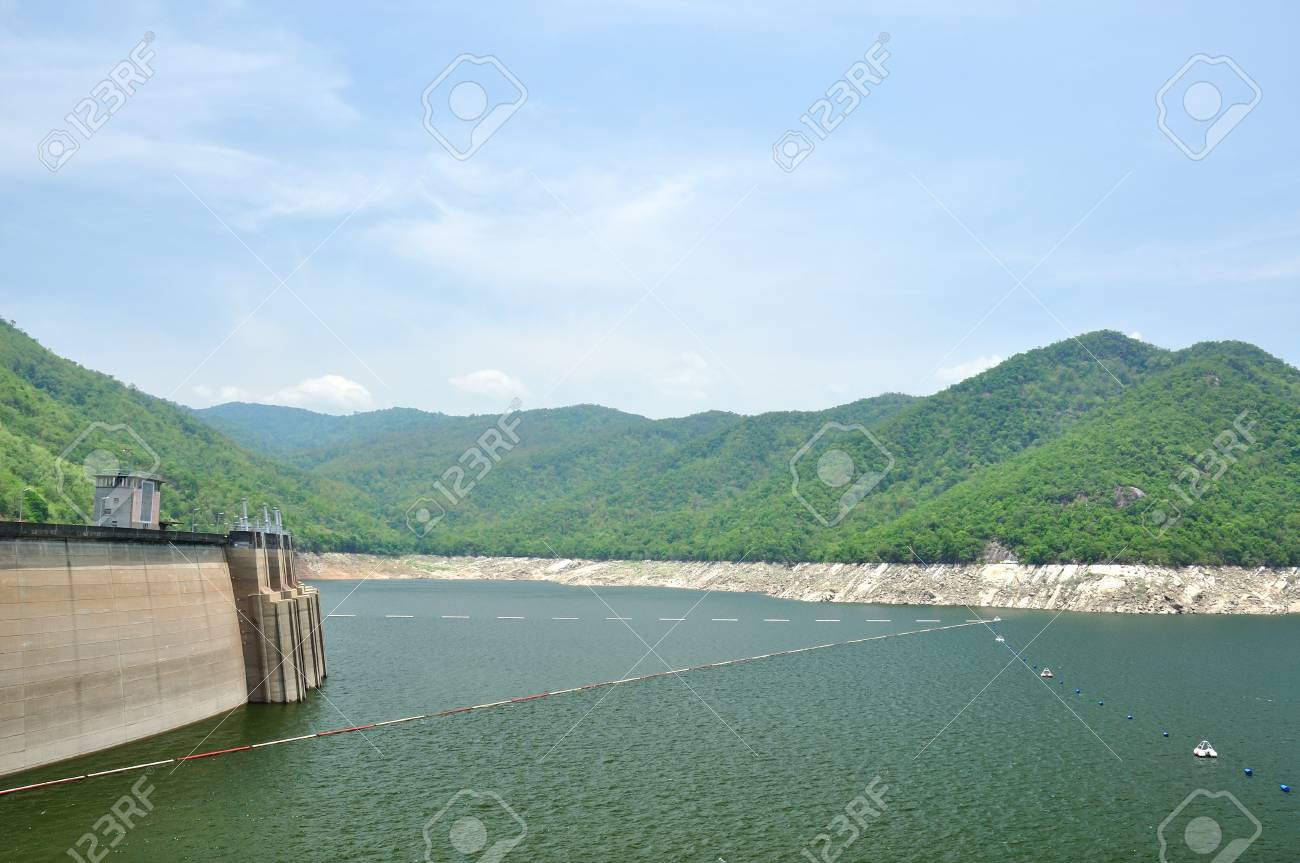 Bhumiphol dam in Tak, Thailand, Hydro Power Electric Dam  Stock Photo - 13860594