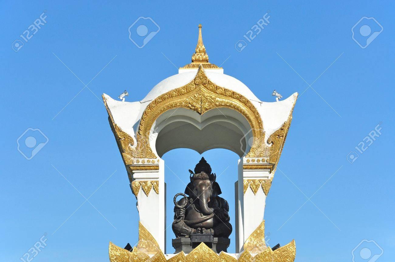 Ganesh memorial at Sanam Chandra Palace, Nakhon pathom, Thailand Stock Photo - 14822206