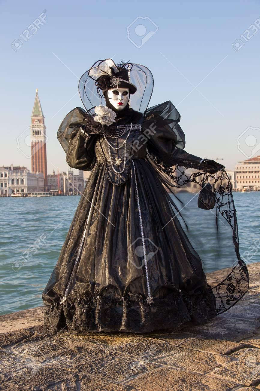 Venice Mask - Female Venetian Mask In Black Dress With Venice ...