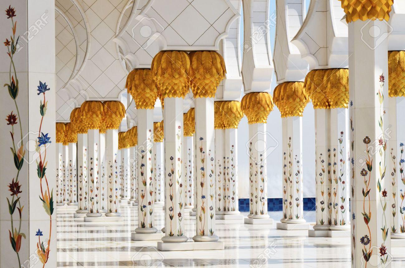 Columns of Sheikh Zayed Mosque in Abu Dhabi, UAE - 11910447