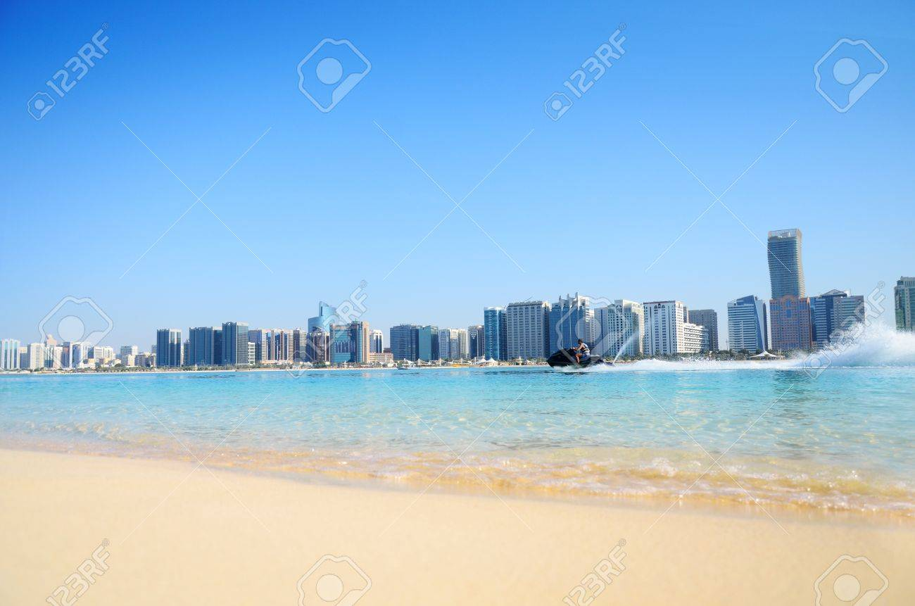 Beach and water sport in Abu Dhabi,UAE Stock Photo - 11910441
