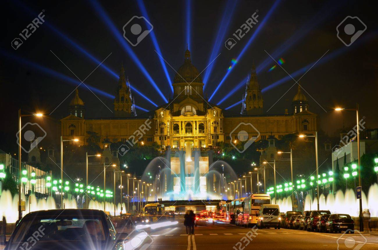Famous light show in front of the National Art Museum in Barcelona, Spain - 14073964