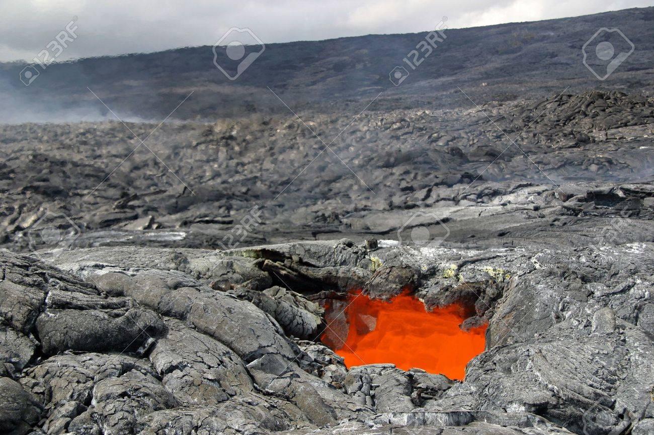 溶岩 チューブ