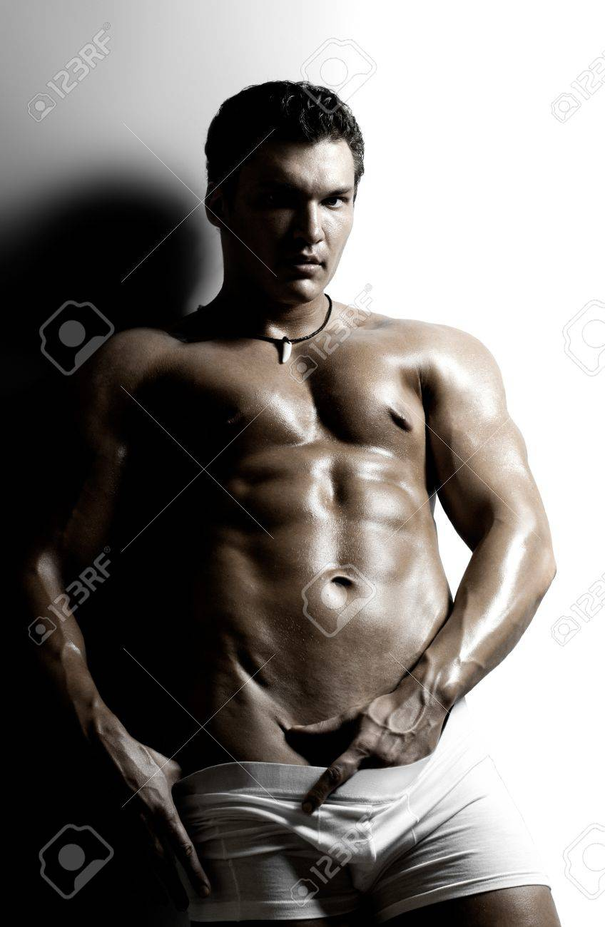 dessous-undressed-sexy-men-mature-suck-video