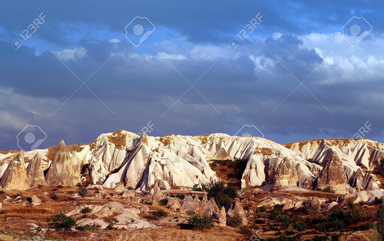 Photo bright beautiful mountains in Cappadocia - 161037228