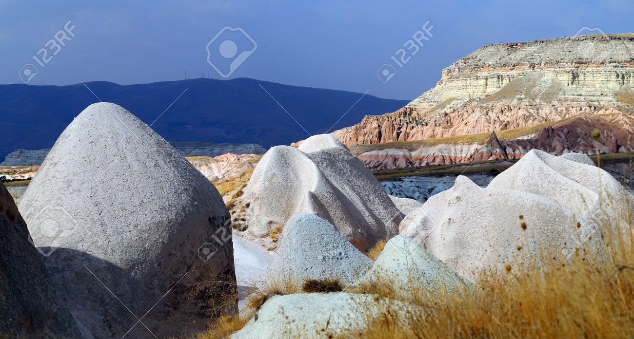 Photo bright beautiful mountains in Cappadocia - 161037241
