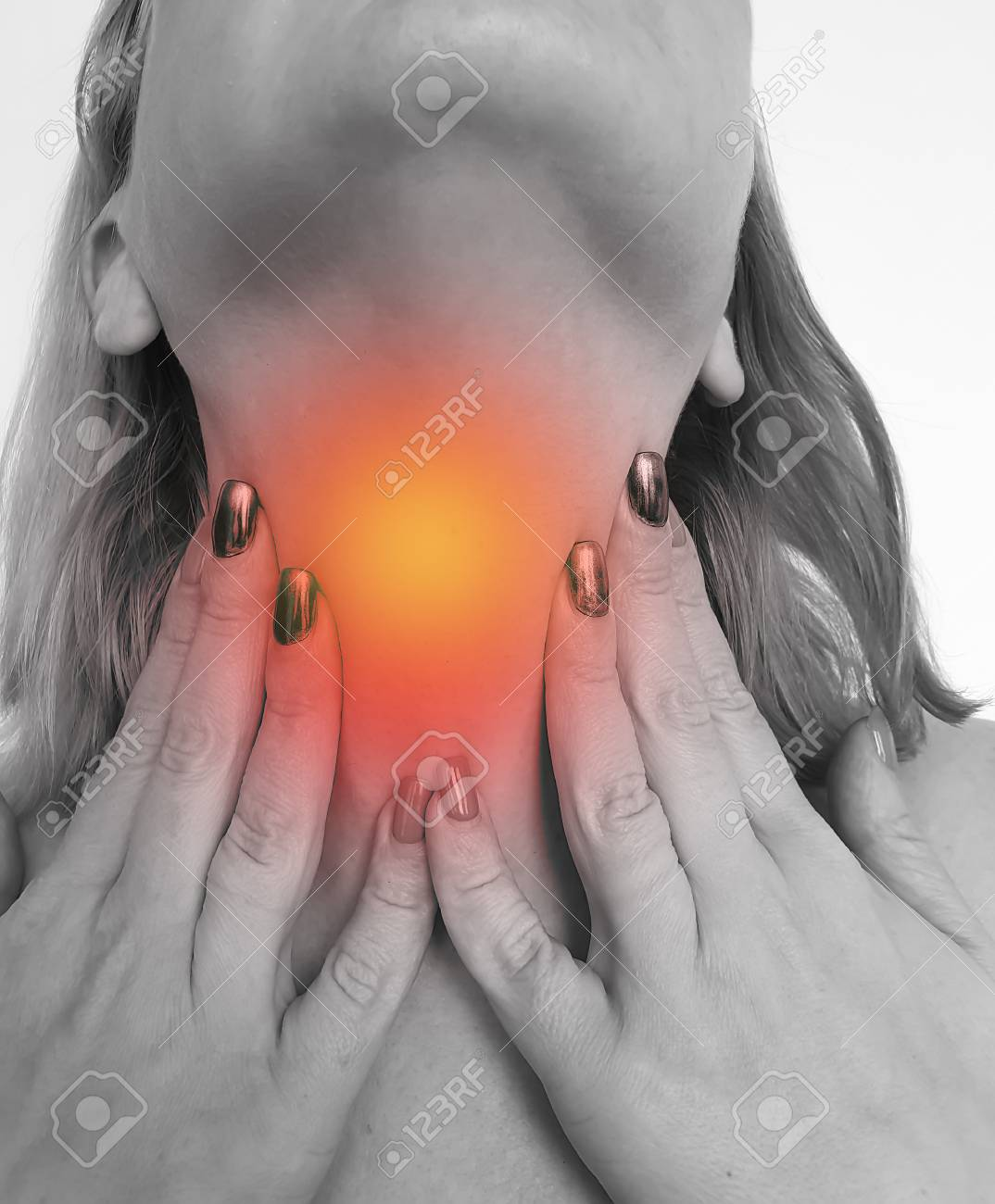 woman sore throat symptom disease inflammation bad