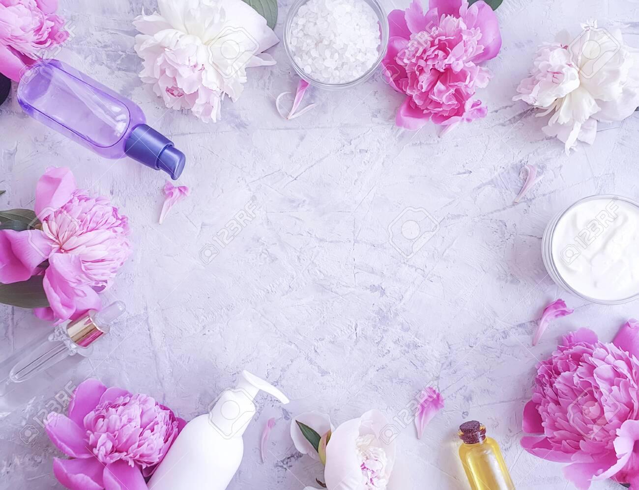 cream cosmetic peony - 128916321