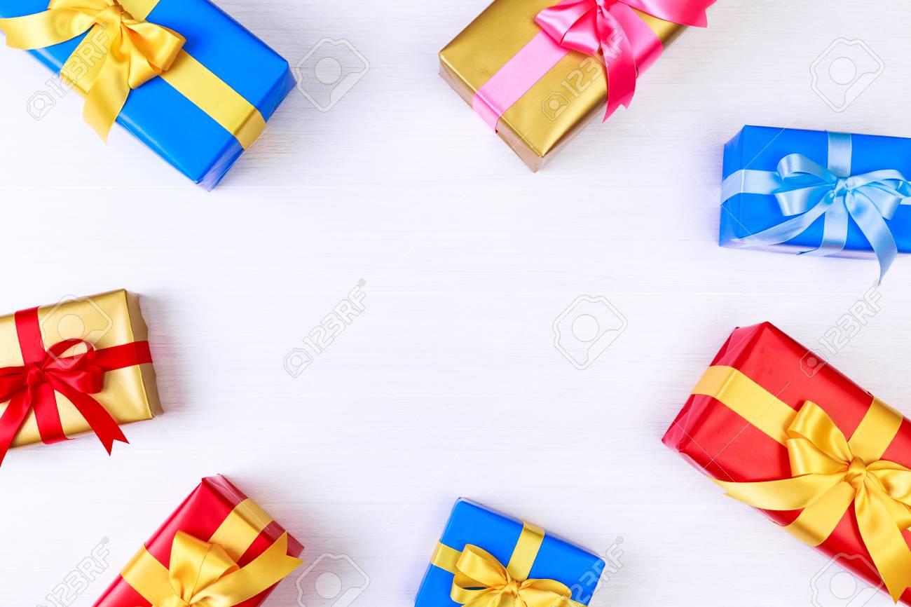 Cajas De Regalo Con Regalos Envueltos Envueltos Con Papel Y Navidad