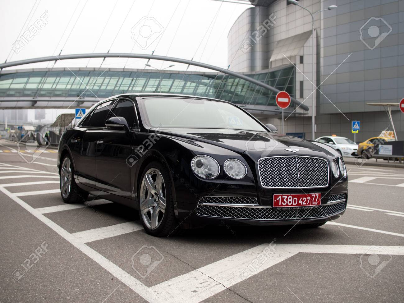 create with designboom the design pantone bentley am screen colors gt at year of continental shot s