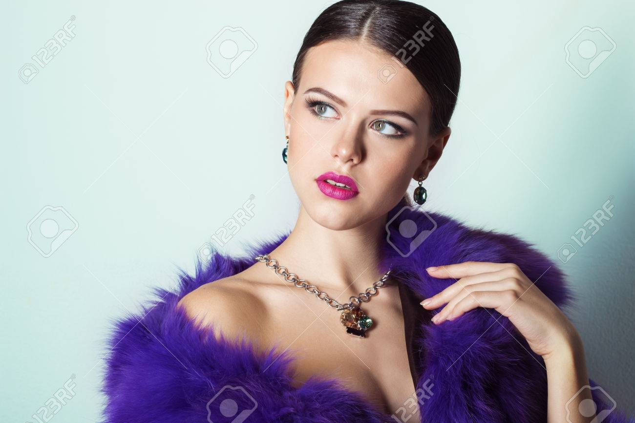 Beautiful Young Girl With Beautiful Stylish Expensive Jewelry ...