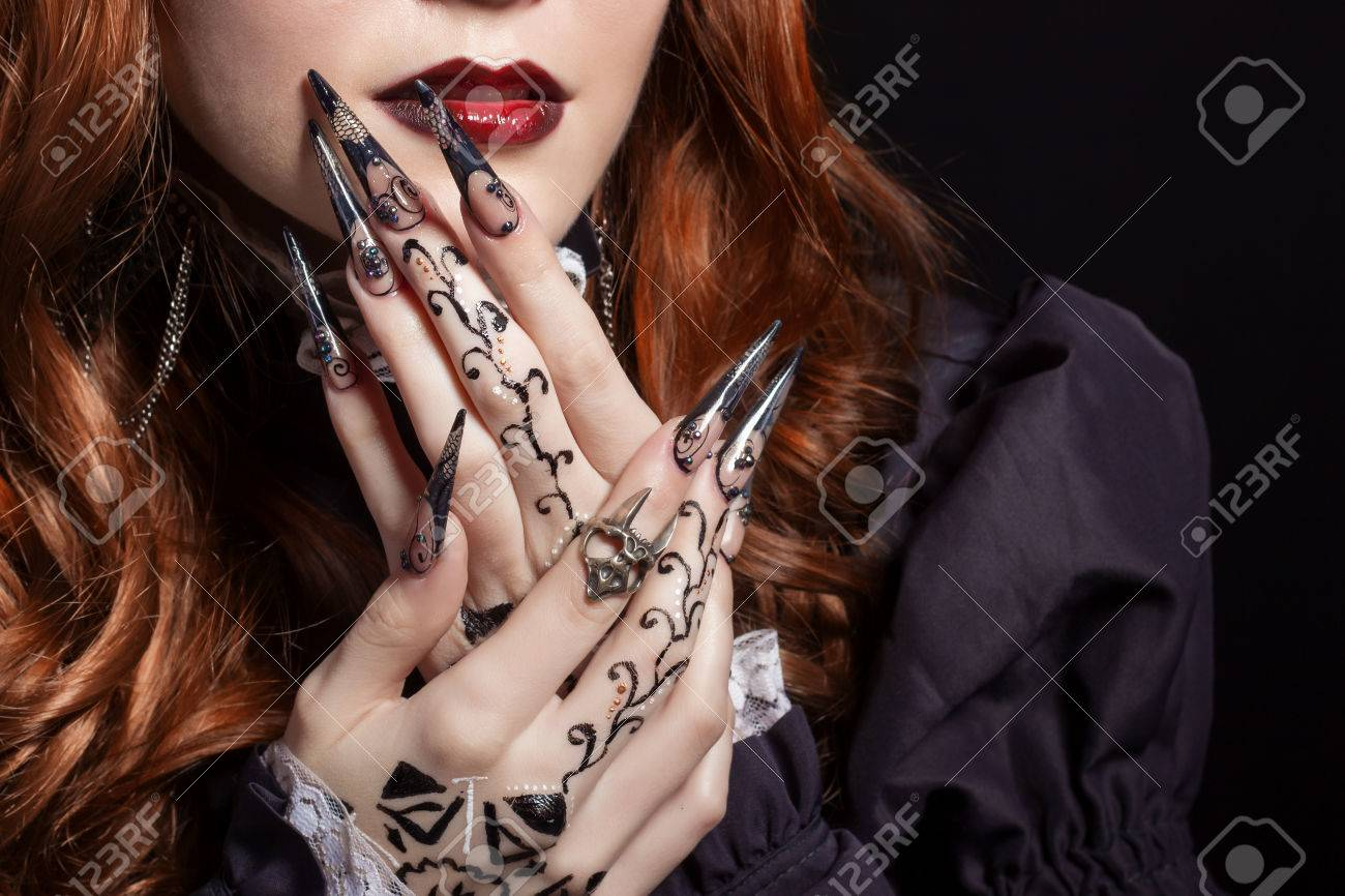 Beautiful Long Sharp Black Graft Acrylic Nails Image For Witches ...