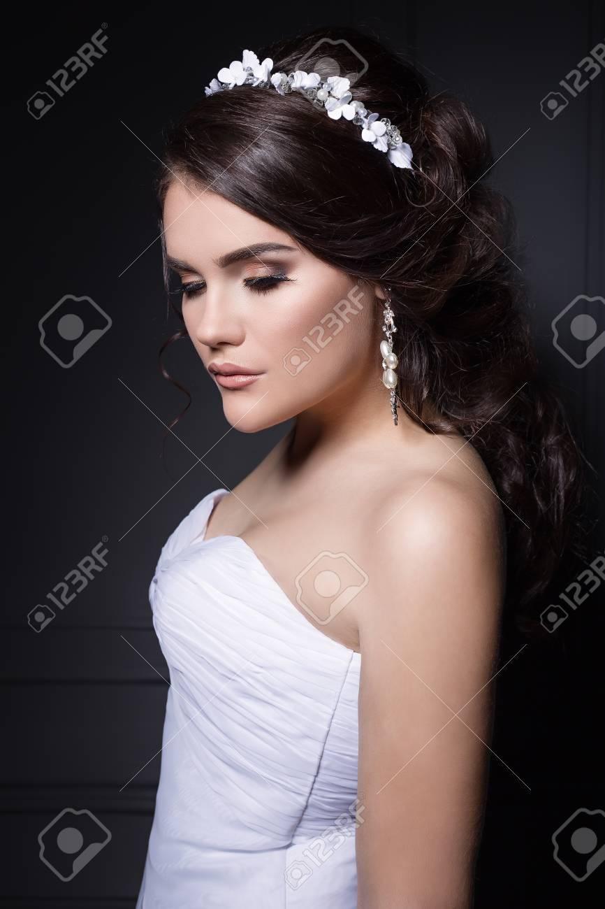 Coiffure mariee avec couronne fleurs