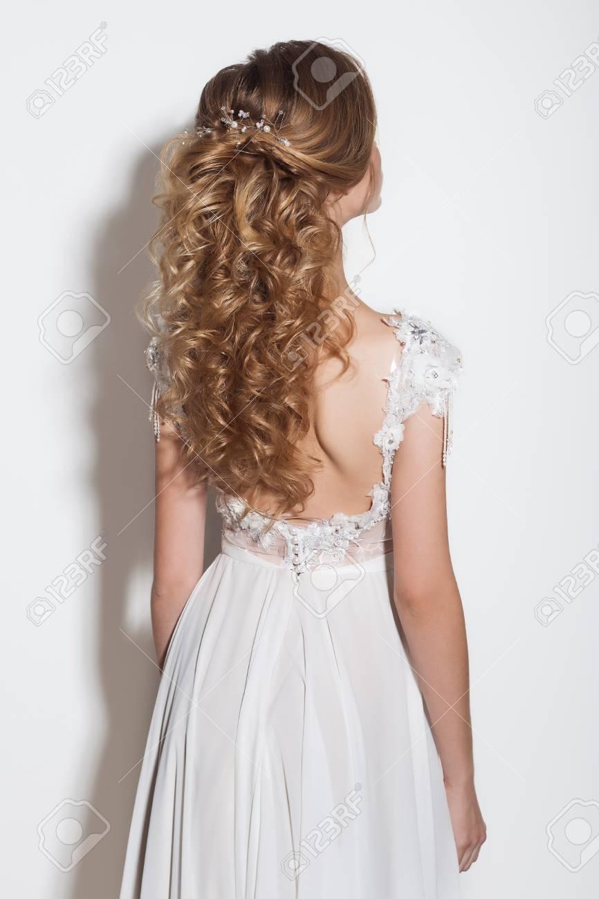 Schöne blonde große Schwanz