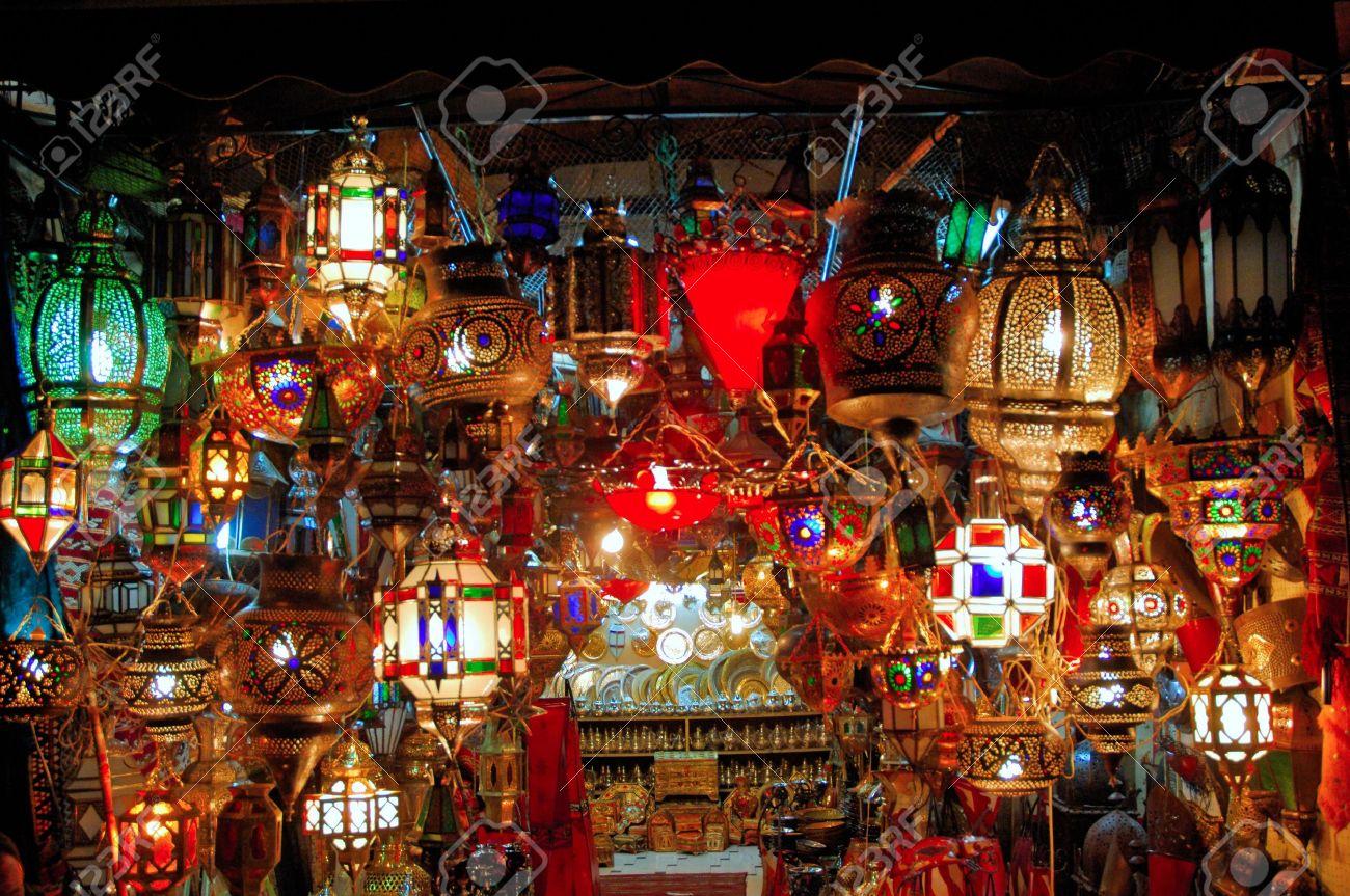 foto de archivo marruecos marrakech marrakech old lmpara rabe con hermosas vistas de la tradicional rabe lmparas durante la noche