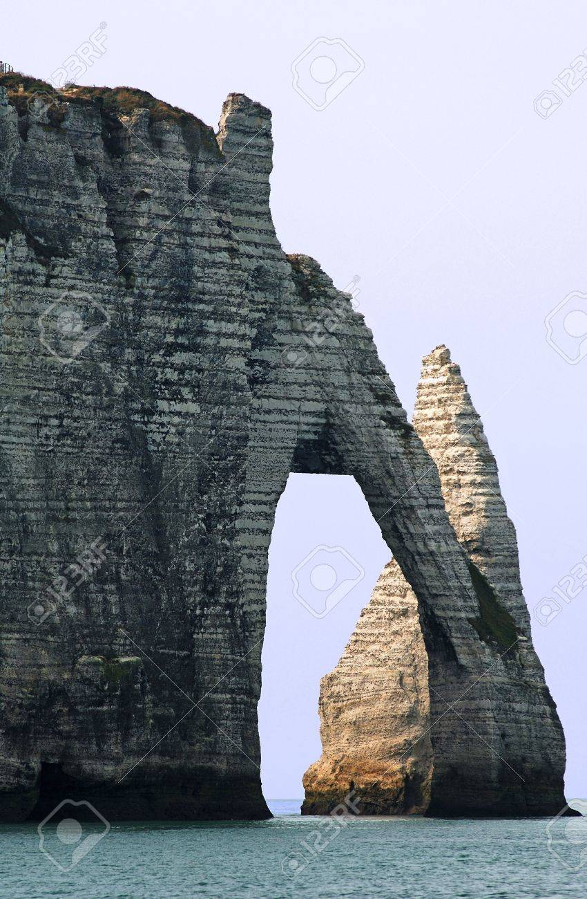 France, Normandy: The 'Elephant's Trunk' at Etretat. This place is knowned for its clifs and his natural arch - 3572069