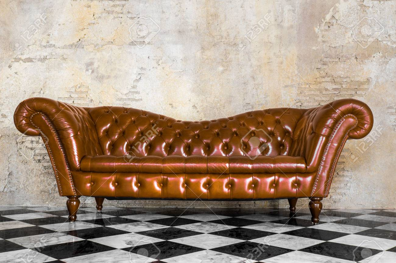 Vintage Style Of Interior Decoration The Leather Sofa With Black  ~ Leather Sofa Vintage Style
