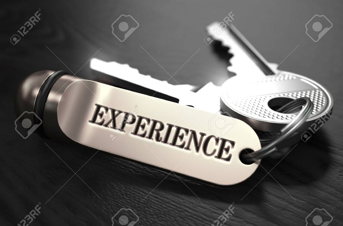 Experience Concept. Keys with Keyring on Black Wooden Table. Closeup View, Selective Focus, 3D Render. Black and White Image. Standard-Bild - 44385221