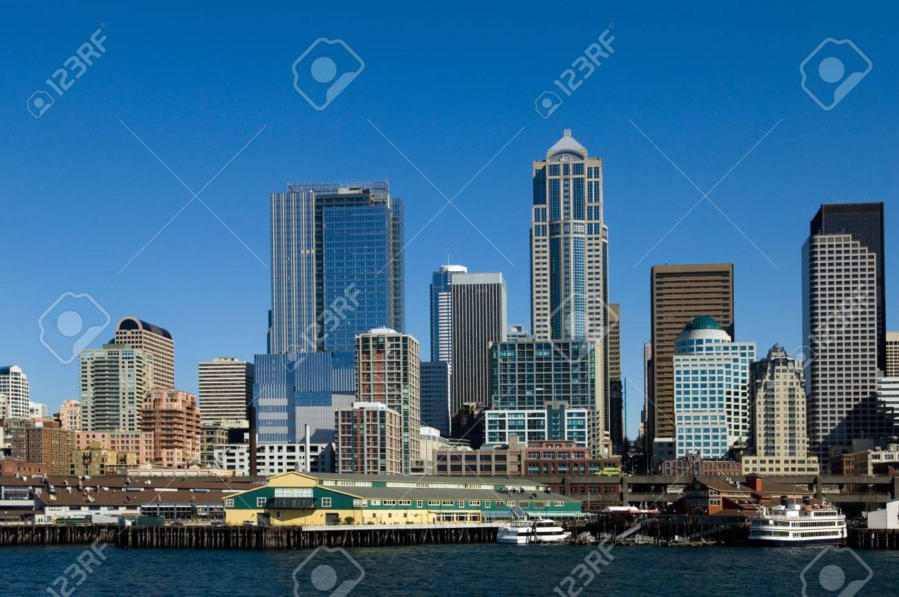 Seattle waterfront Stock Photo - 348401