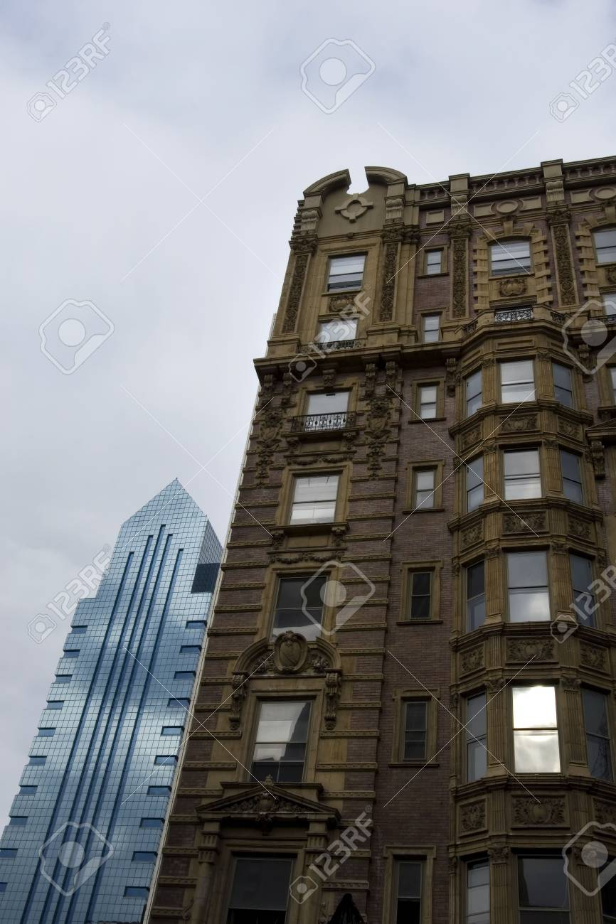 Historical building in Philadelphia with modern highrises on background Stock Photo - 759741