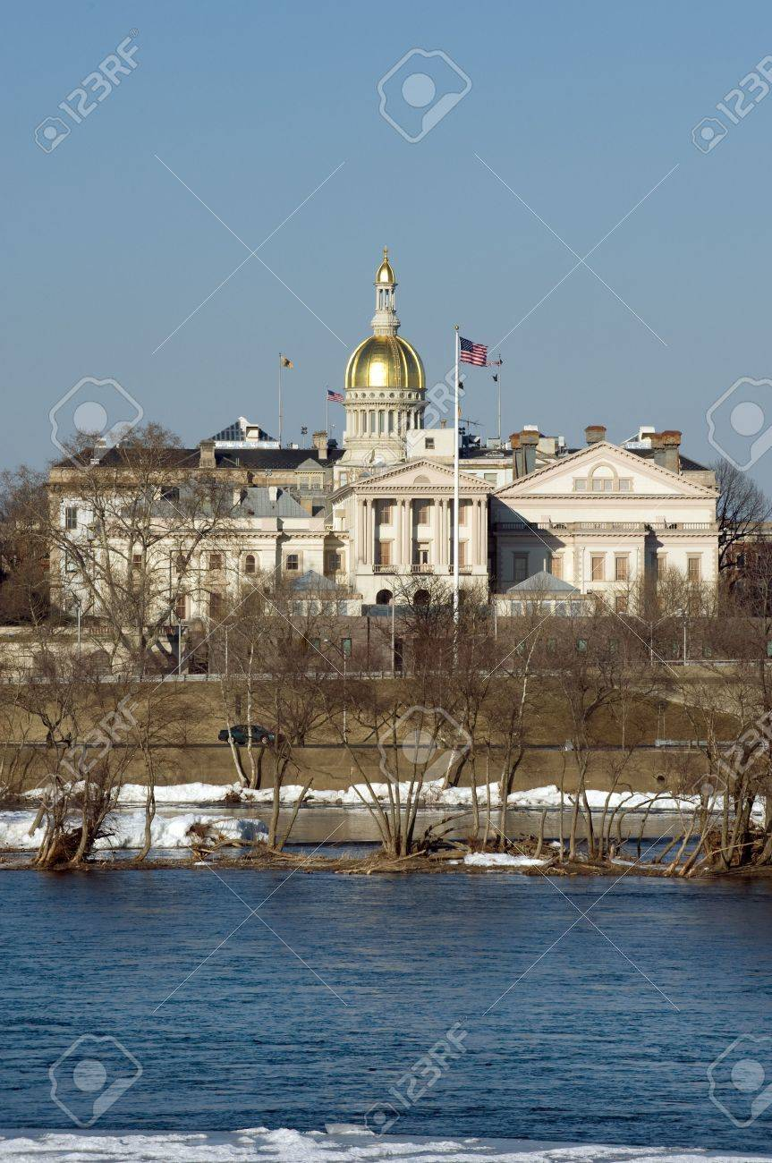 New Jersey state house and capitol complex in Trenton Stock Photo - 4237357