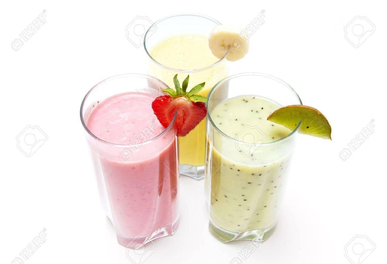 Strawberry, banana and kiwi smoothies isolated on a white background Stock Photo - 9668001