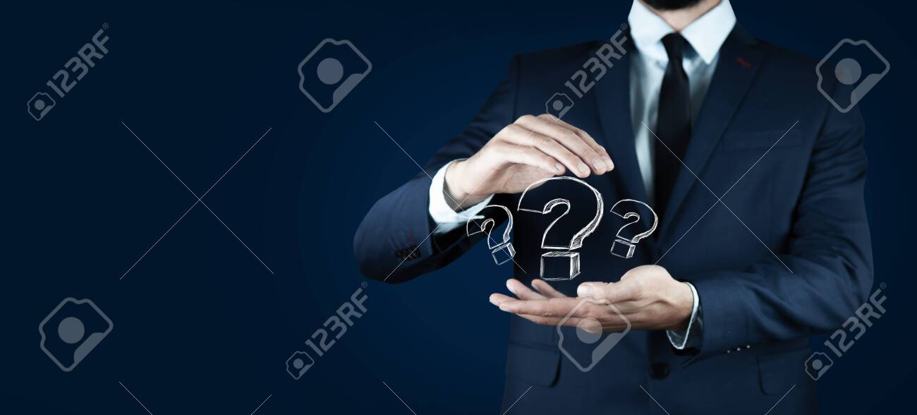 man hand question mark in the screen - 154426127