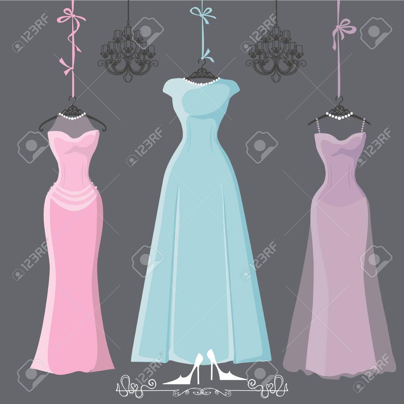 low priced 8df72 b0d61 Tre retrò abiti da damigella lunghi appendere su nastri