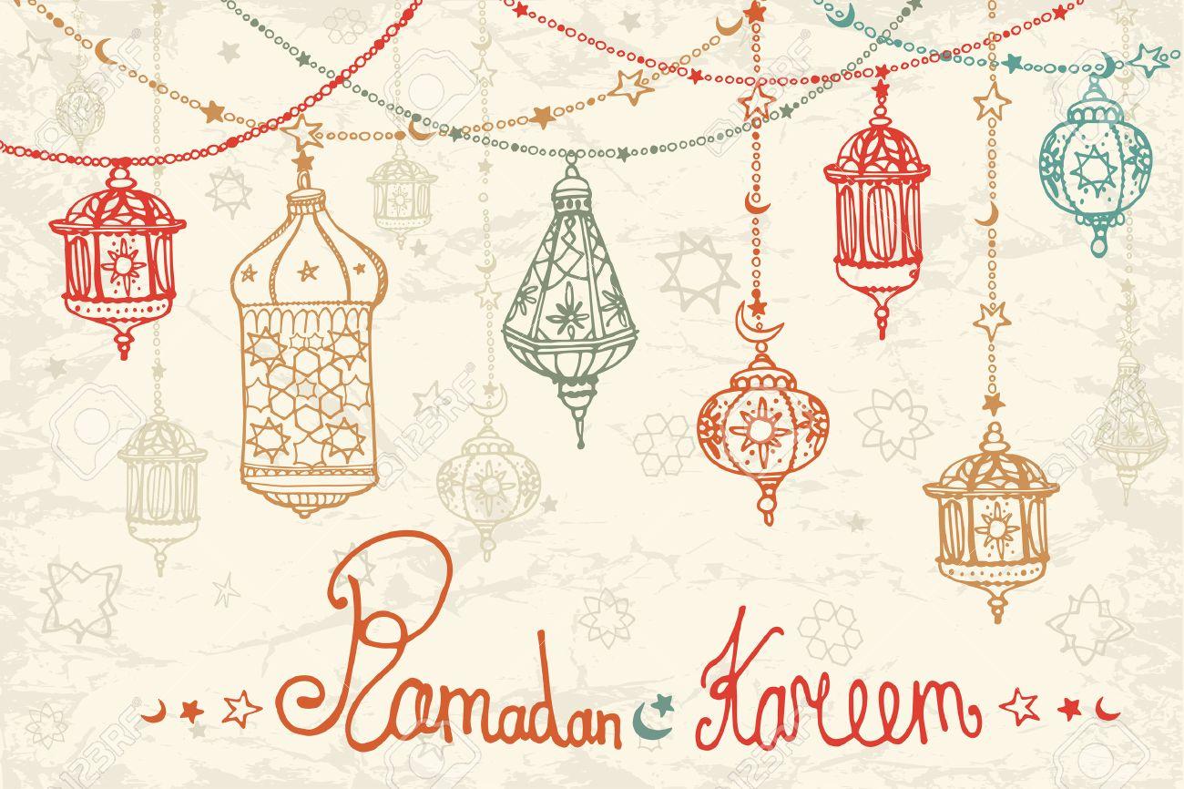 Traditional lantern garland of ramadan kareem odle greeting card stockfoto traditional lantern garland of ramadan kareem odle greeting card holy month of muslim communityhand drawing hanging arabic lamp m4hsunfo