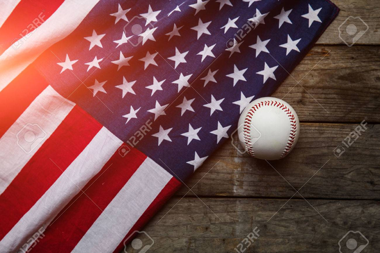 baseball with American flag in the background Stock Photo - 40352676 a994184eb4c