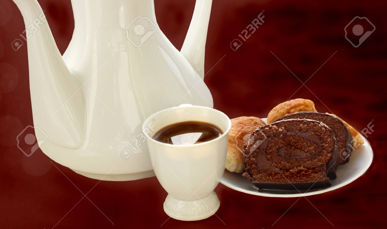Coffee pot, coffee and biscuit Stock Photo - 18620295