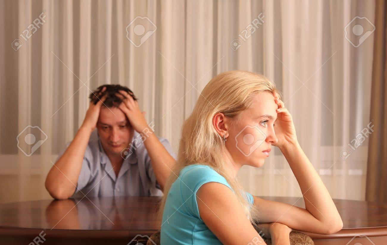 Смотреть муж сажает на кол изменившую ему жену 11 фотография