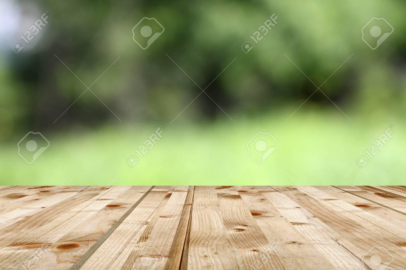 Opinión Verde Telón De Fondo Natural De La Terraza De Madera