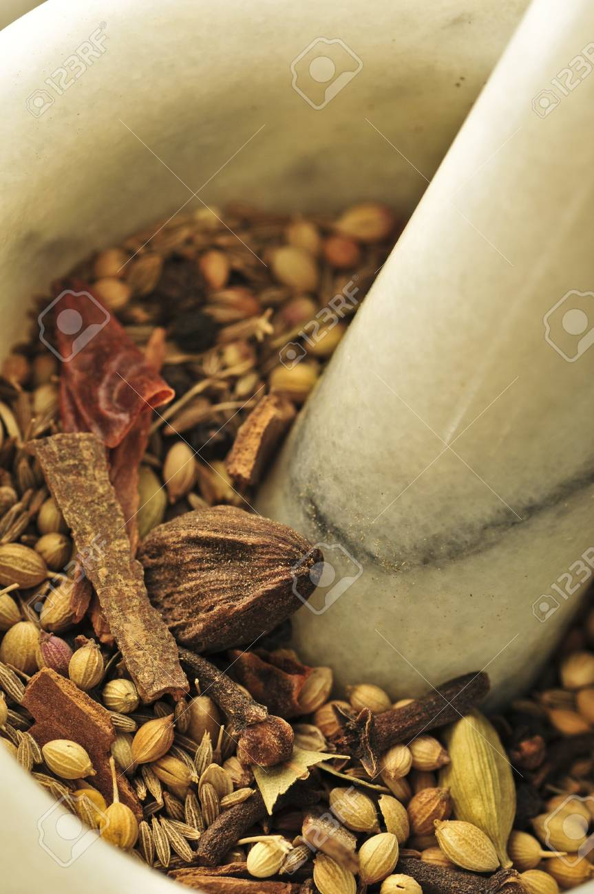 spice pestle Stock Photo - 8278868