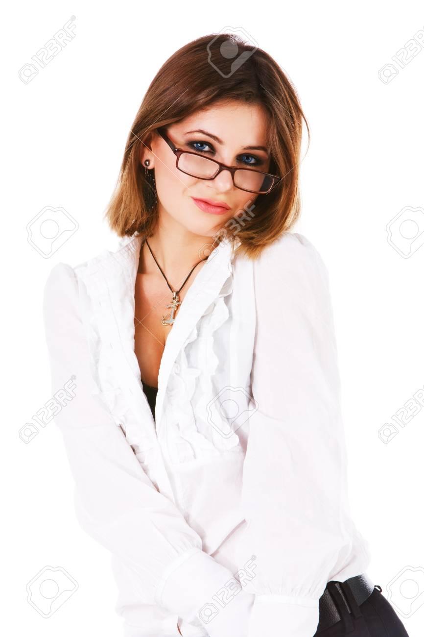 10d25c5b4b Foto de archivo - Foto de una atractiva joven en una blusa blanca sobre  fondo blanco