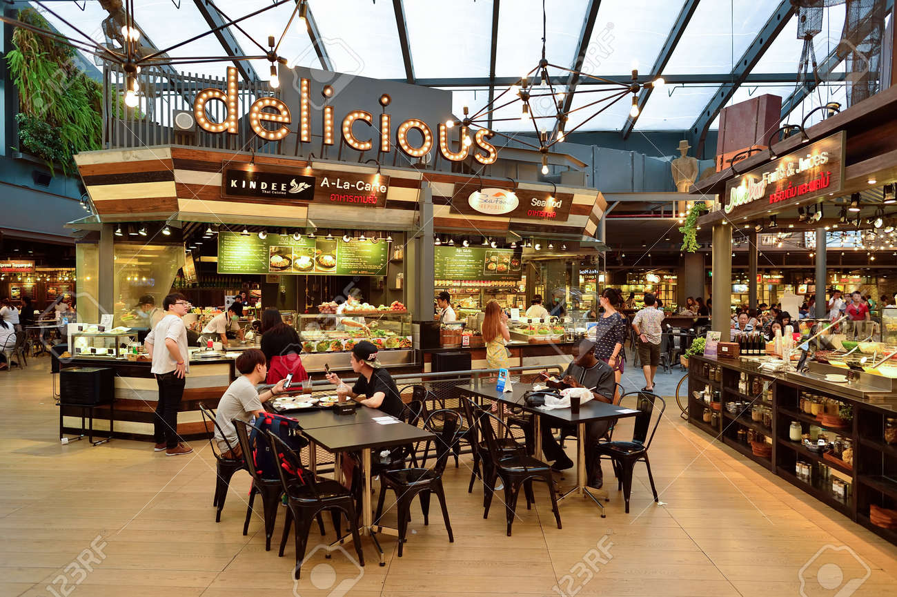 BANGKOK, THAILAND - JUNE 20, 2015: Siam food court interior. There are a lot of cafes and restaurants in shopping malls and department stores of Bangkok - 51050961