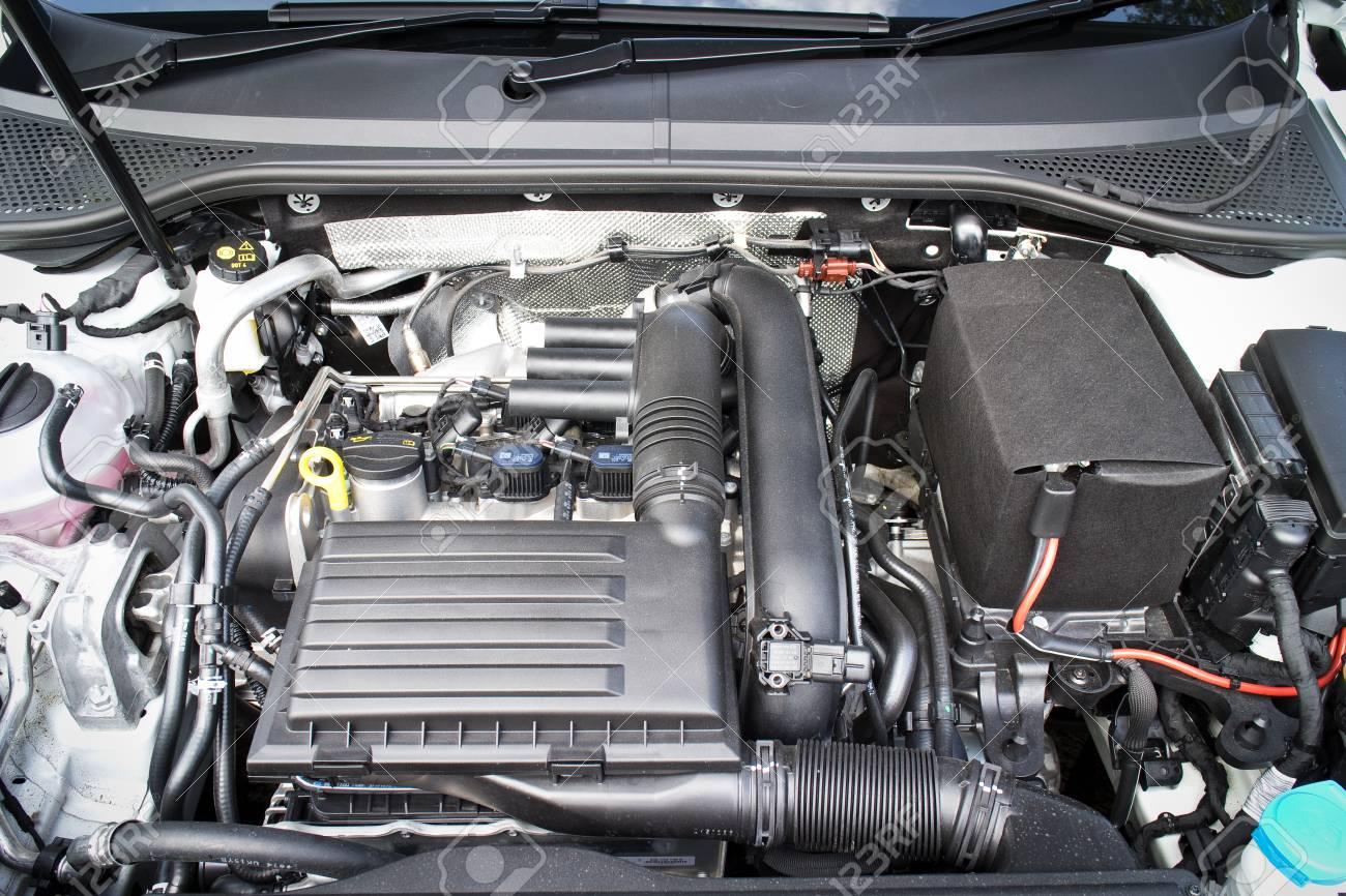 Hong Kong China May 17 2015 Volkswagen Passat 2015 Engine Stock Photo Picture And Royalty Free Image Image 43425321