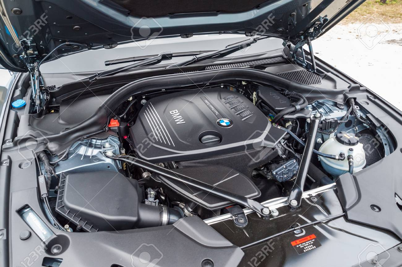 Hong Kong China March 7 2017 Bmw 5 Series 2017 Engine On Stock
