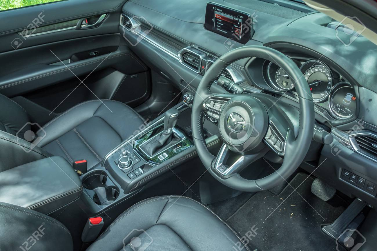 Mazda Cx 5 2017 Interior >> Hong Kong China June 27 2017 Mazda Cx 5 2017 Interior Test