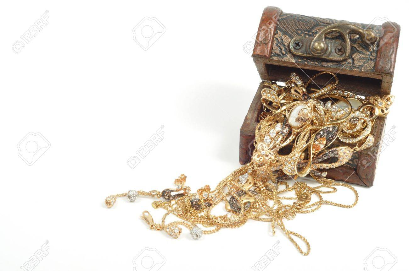 Fashion gold jewelry in wooden box, isolated on white background Stock Photo - 8569753