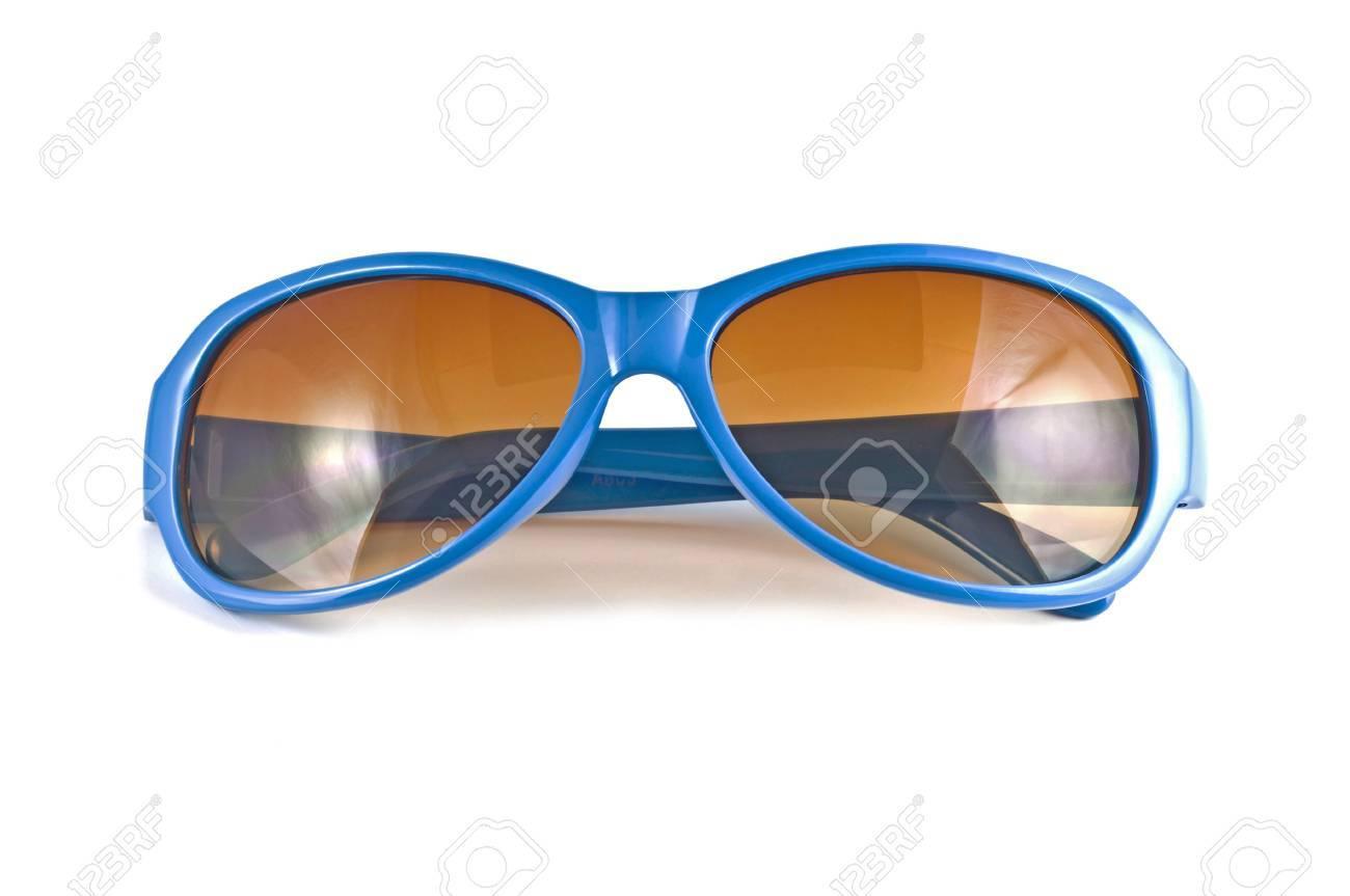 grande collection de style élégant pas cher Lunettes de soleil bleu isolé sur fond blanc
