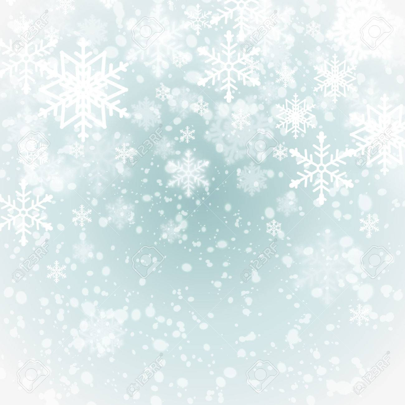 winter background with snowflakes - 33290224