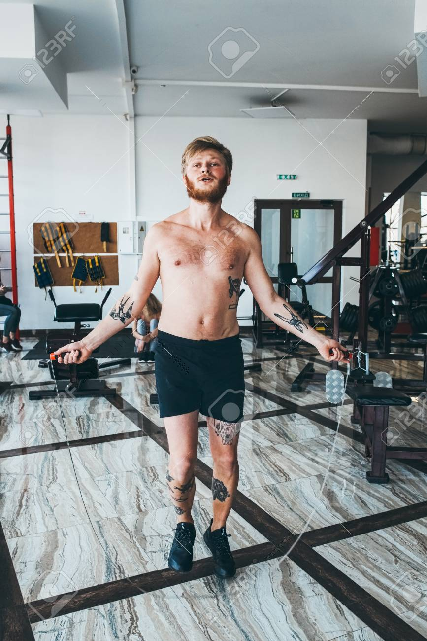 縄跳び ボクサー 縄跳びの効果と練習方法