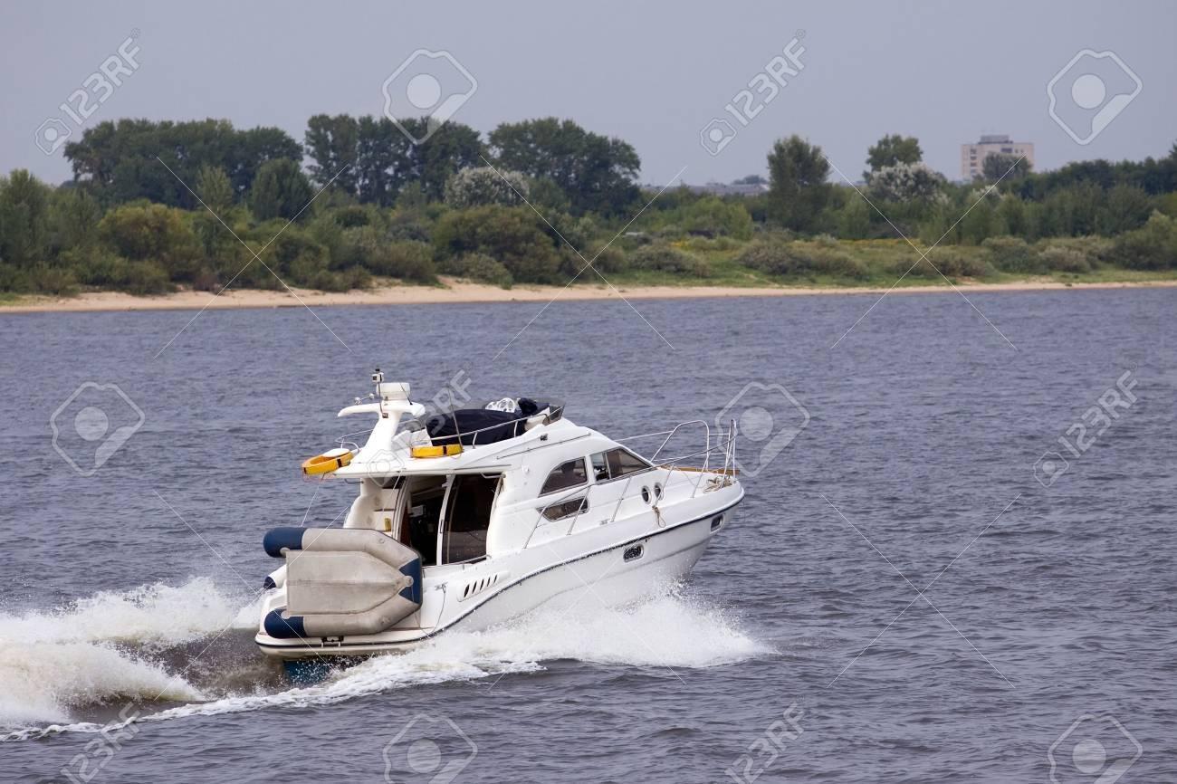 bateau à moteur Banque d'images - 7934955