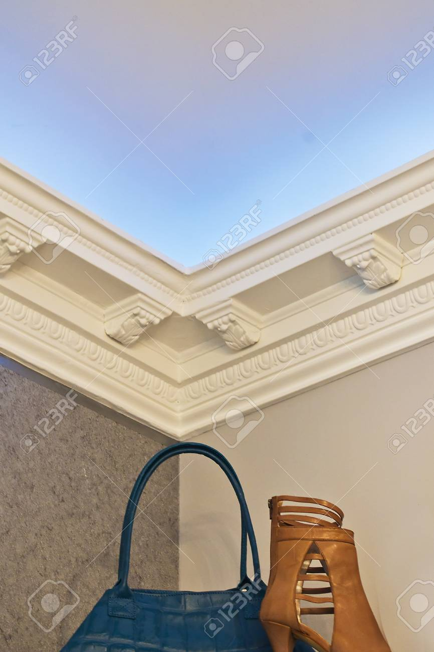 the stucco ceiling mounted in luxurious room Stock Photo - 13730053