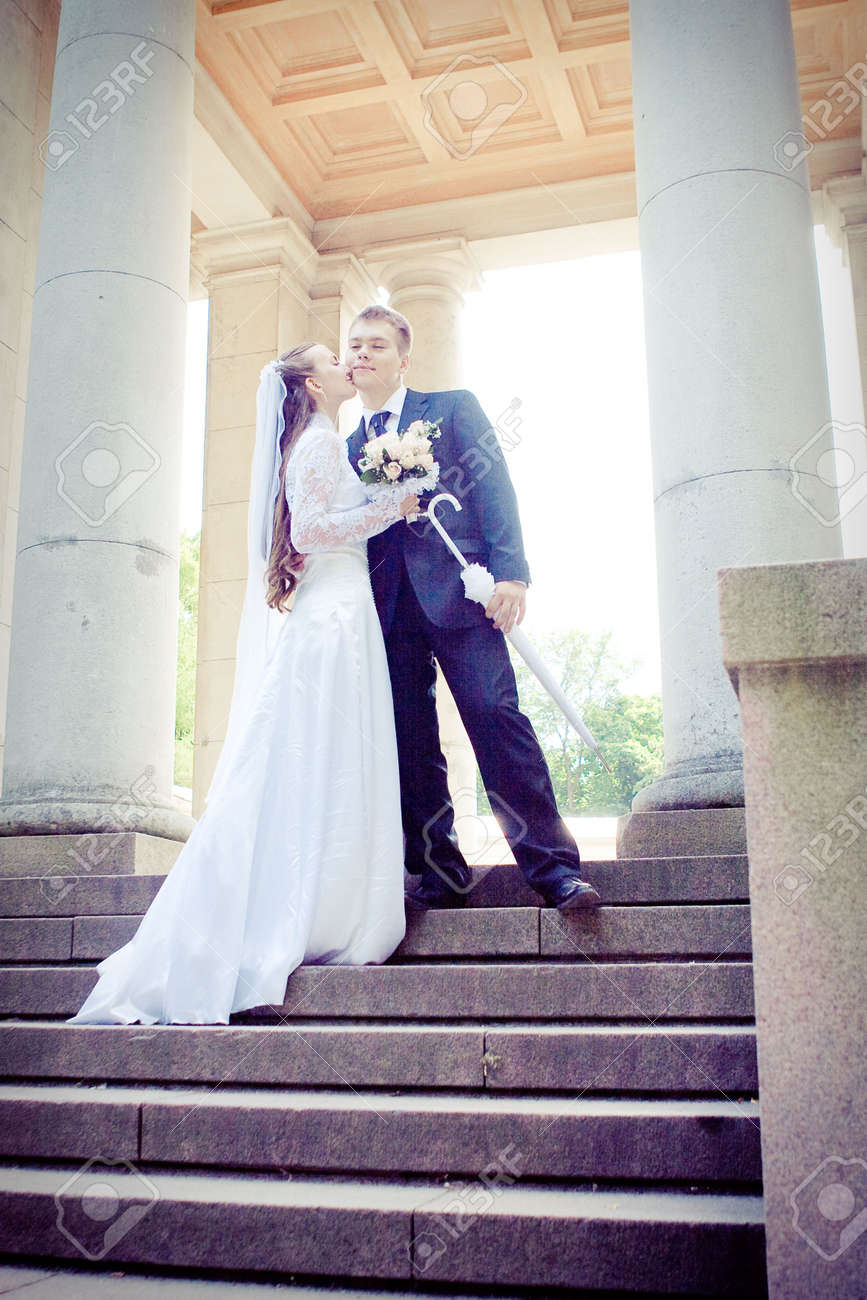 Attractive couple on their wedding day Stock Photo - 5652066