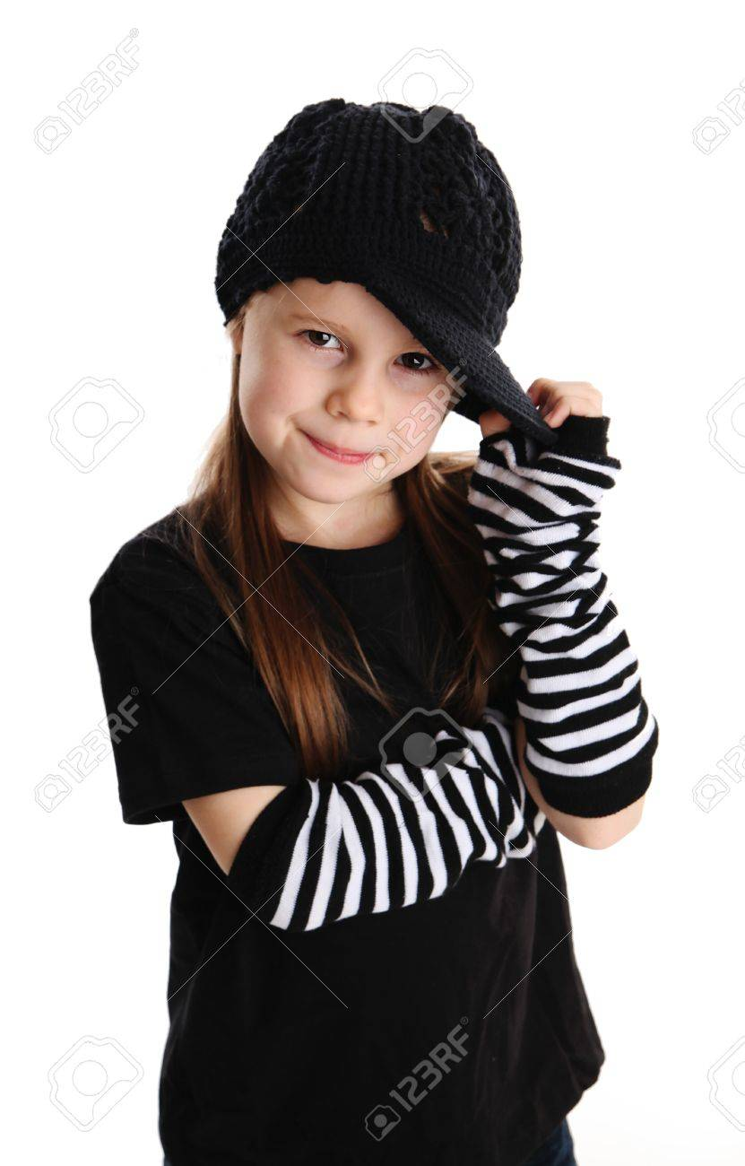 on sale 33f1e 94205 Cute girl giovane età prescolare isolato su uno sfondo bianco, che indossa  vestiti punk e rock star