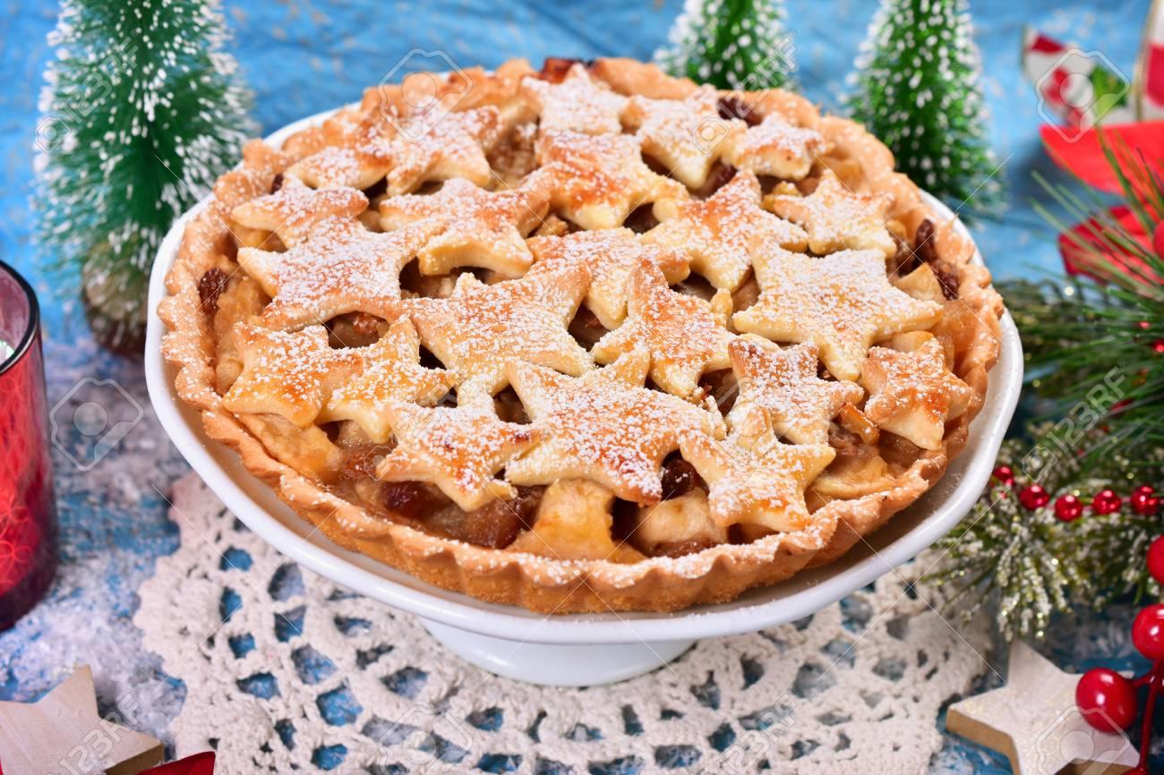 Noel Maison Tarte Aux Pommes Avec Une Decoration En Forme D Etoile Et Le Sucre Glace
